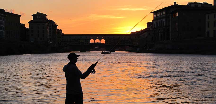 SLIDER-Ponte-fishing-at-dusk